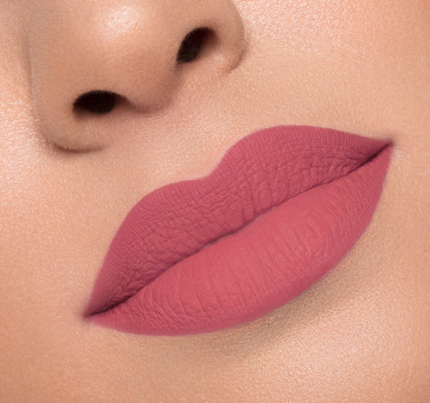 MATTE LIQUID LIPSTICK - UNSETTLED ON MODEL