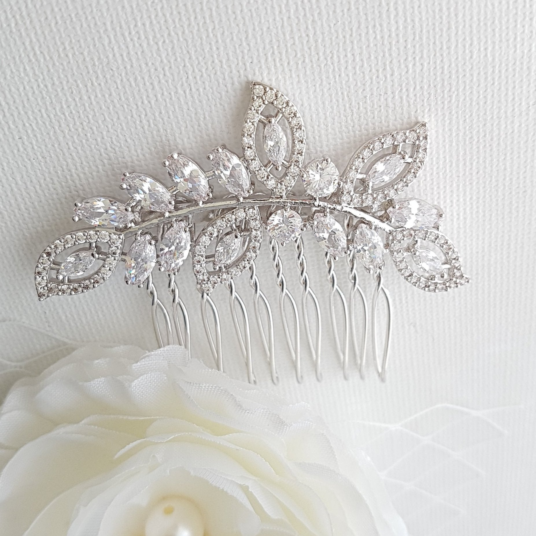 Leaf Bridal Hair Comb With Pearls– Kerry