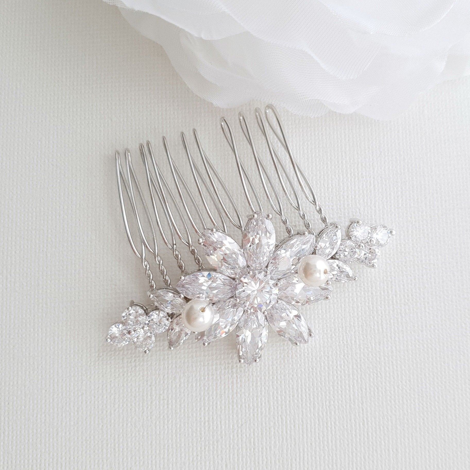 Daisy Flower Hair Comb for Brides- Daisy - PoetryDesigns