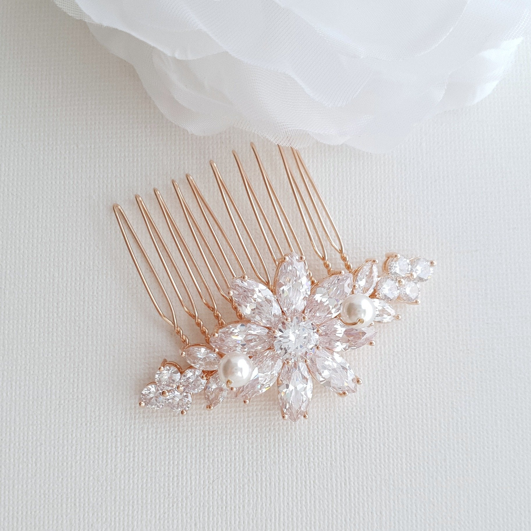 Rose Gold Hair Comb in Flower Design-Daisy - PoetryDesigns