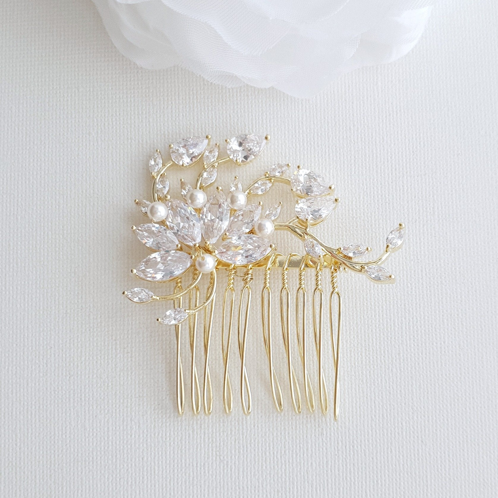 Petite Flower Bridal Hairpiece in Gold- Kika - PoetryDesigns