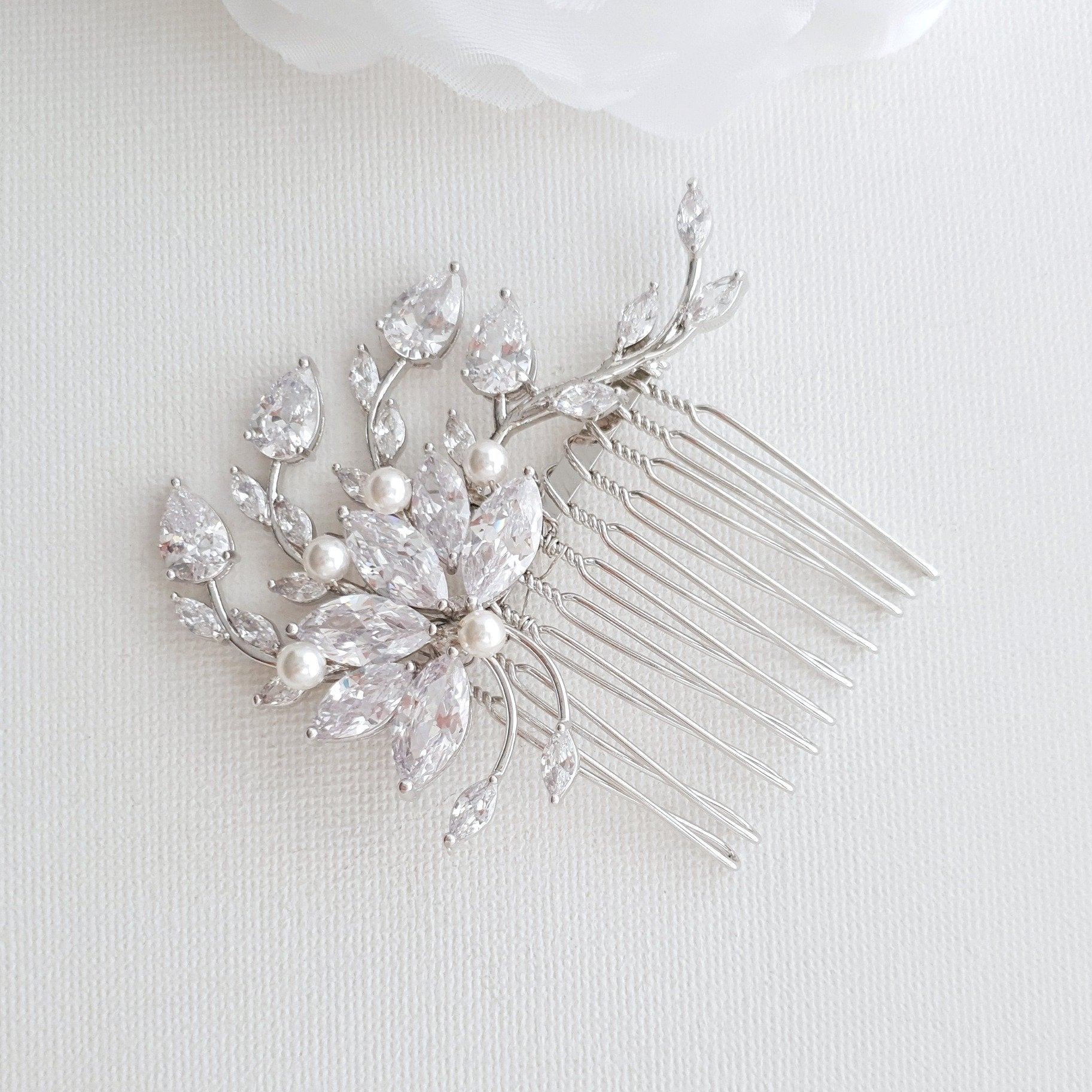 Petite Flower Hair Comb Wedding-Kika - PoetryDesigns