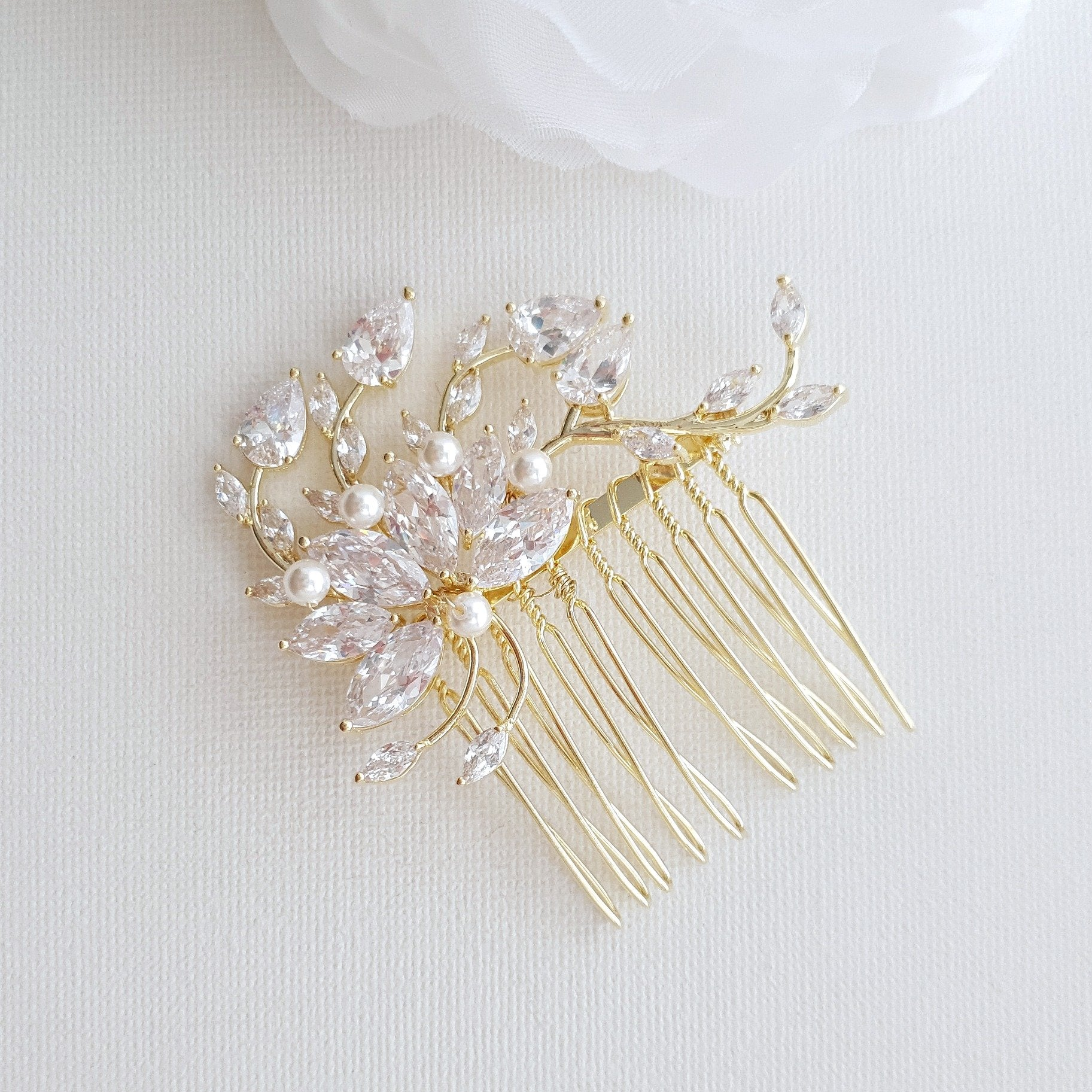 Petite Flower Bridal Hairpiece in Gold- Kika