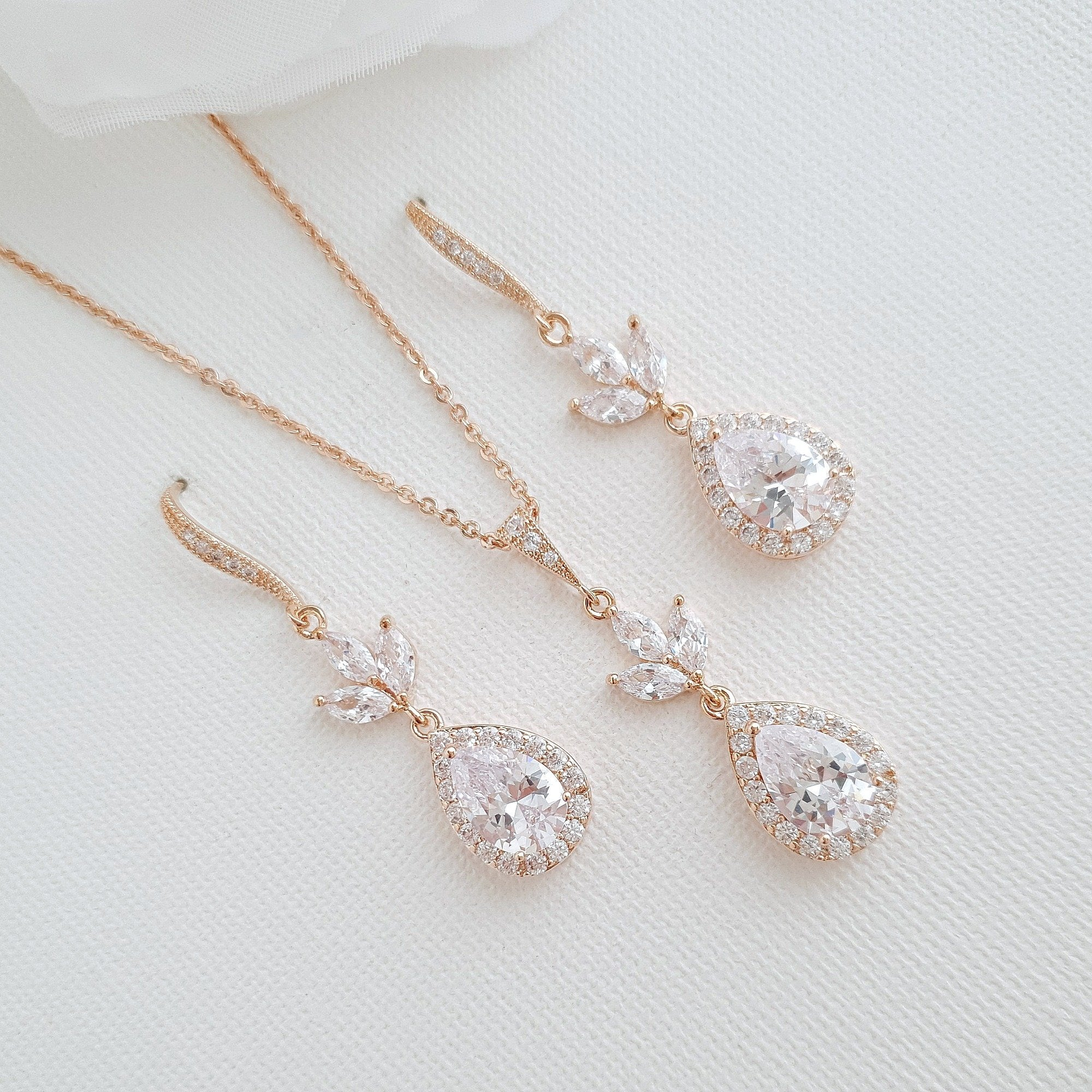 14K Yellow Gold Necklace and Earrings Set for Brides-Lotus - PoetryDesigns