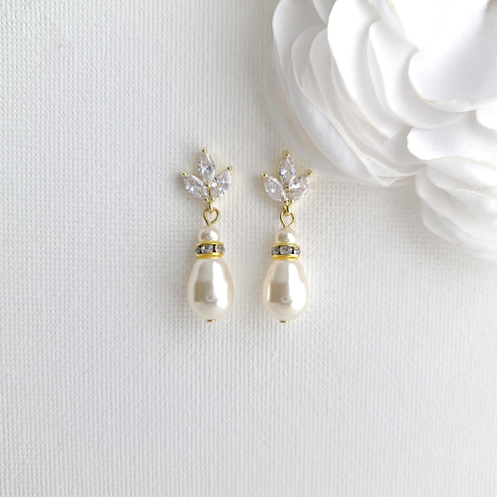 Pearl Bridal Jewelry Set in Ivory White or Cream Pearl Color with Necklace, Backdrop & Earrings-Katie - PoetryDesigns