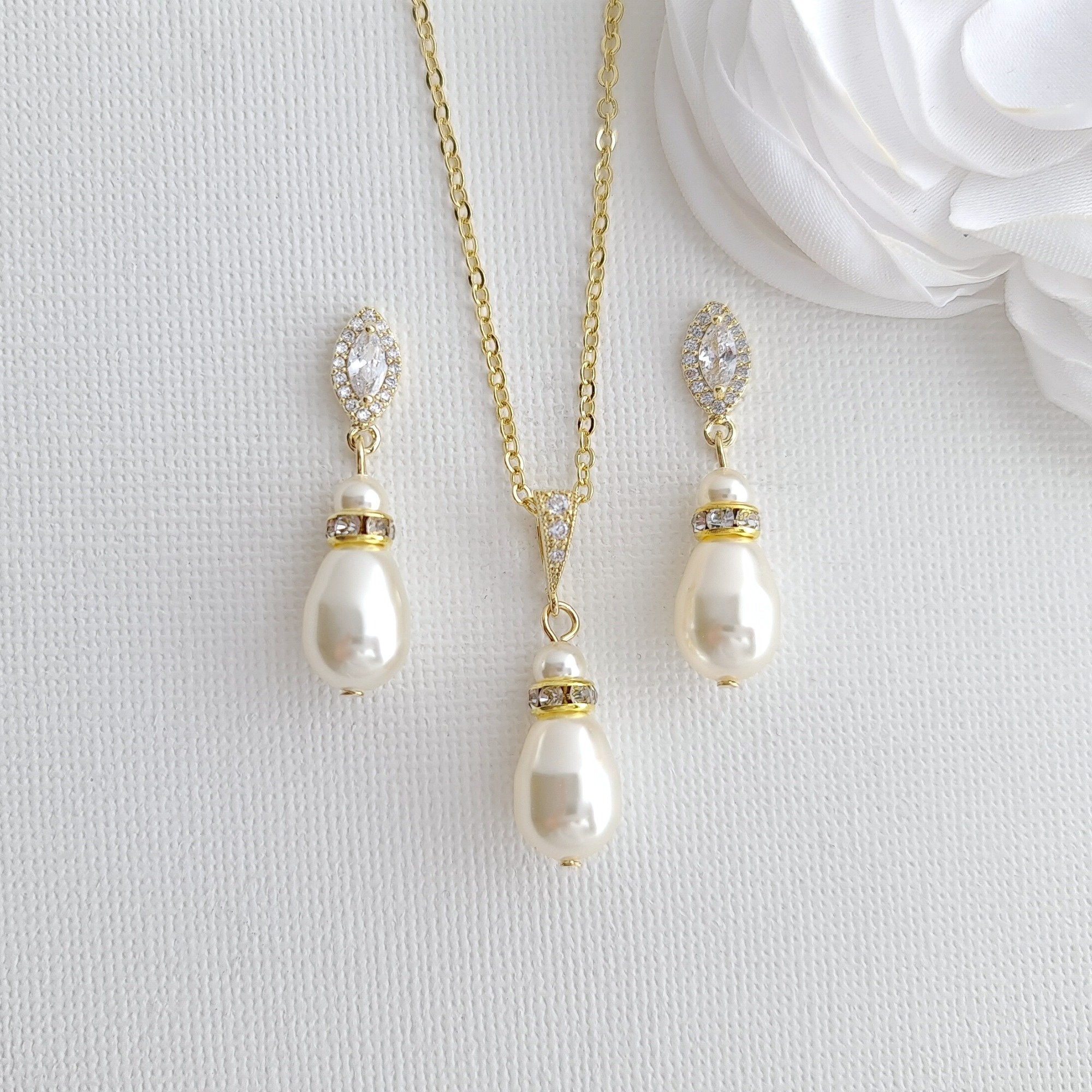 Affordable Pearl Bridesmaid Jewelry Set in Silver Gold Rose Gold Tones- Ella - PoetryDesigns