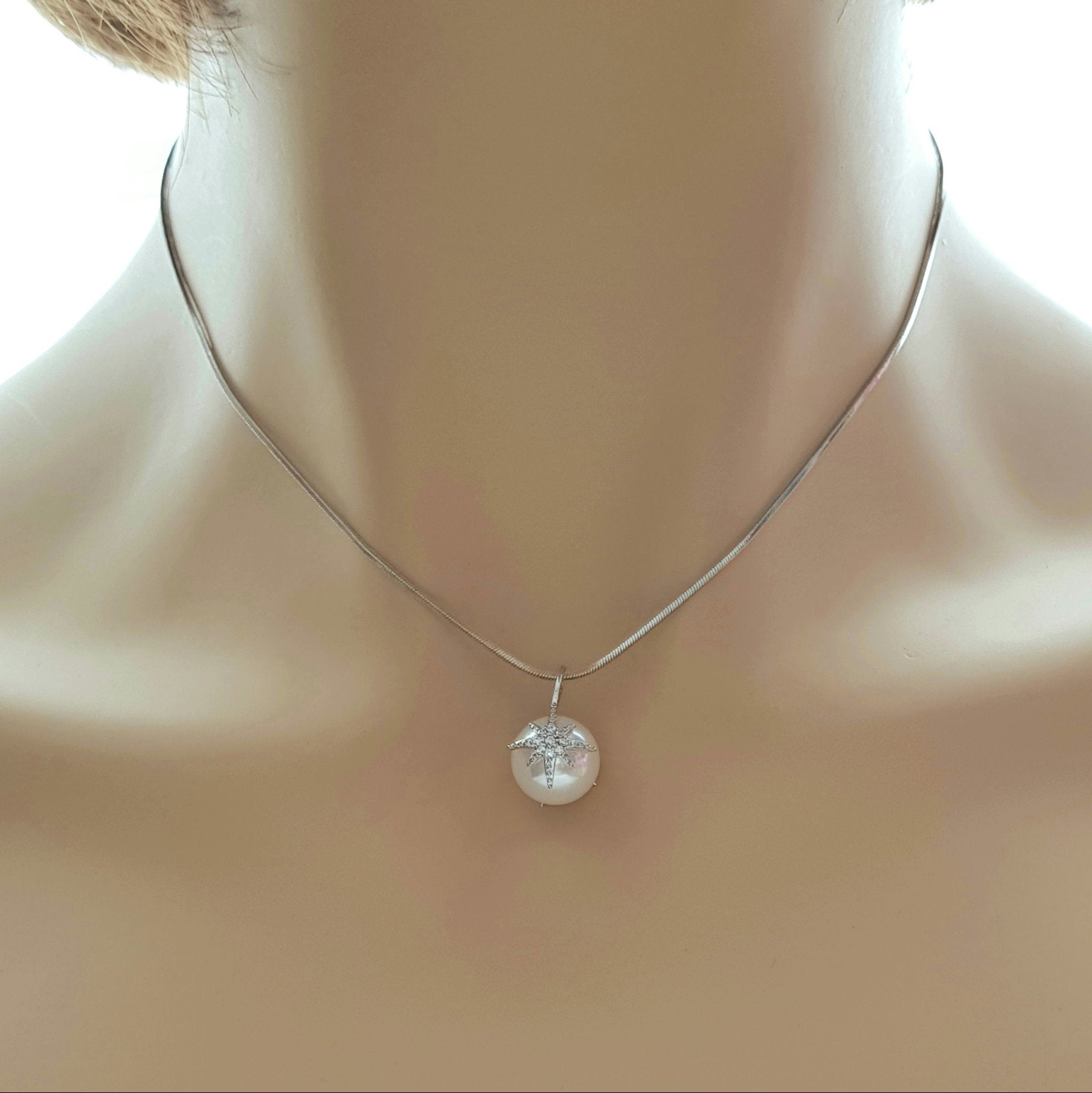 Large Single Pearl Necklace-Leah
