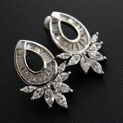 Oval Stud Earrings for Weddings