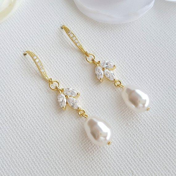 Pearl Dangle Earrings Gold-Leila - PoetryDesigns