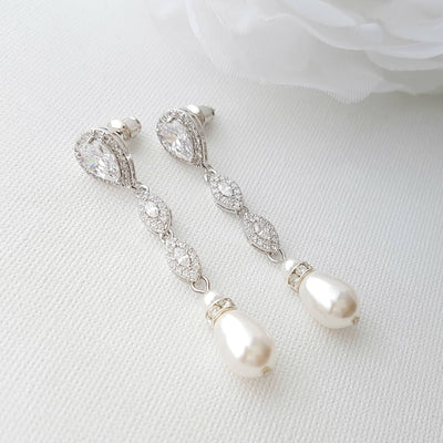 Silver pearl drop earrings for the brides