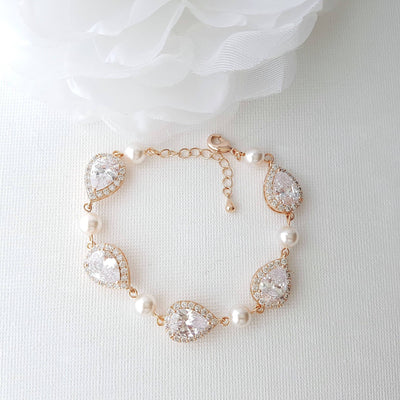Gold and Pearl Bracelet-Emma