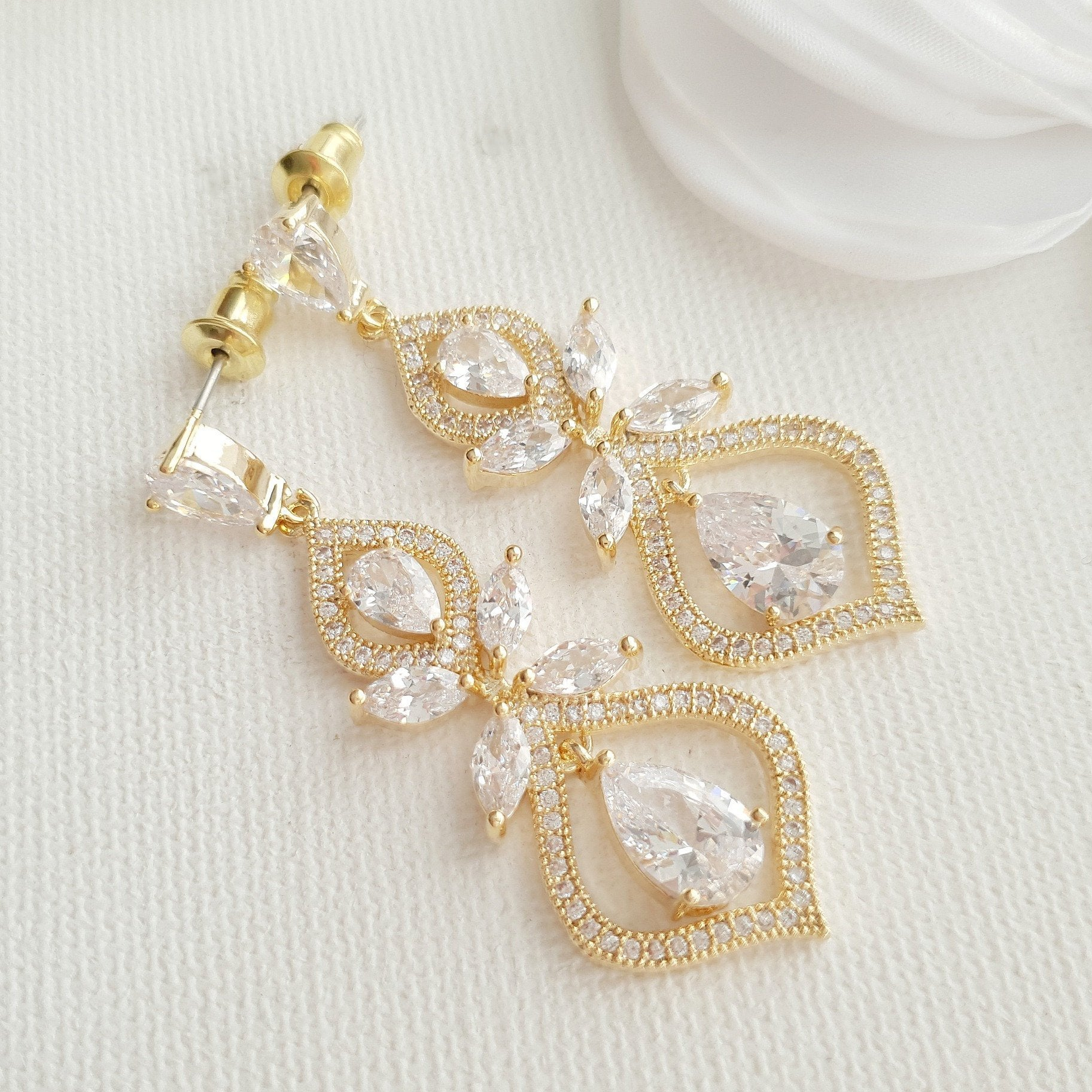 Gold Wedding Earrings for Brides