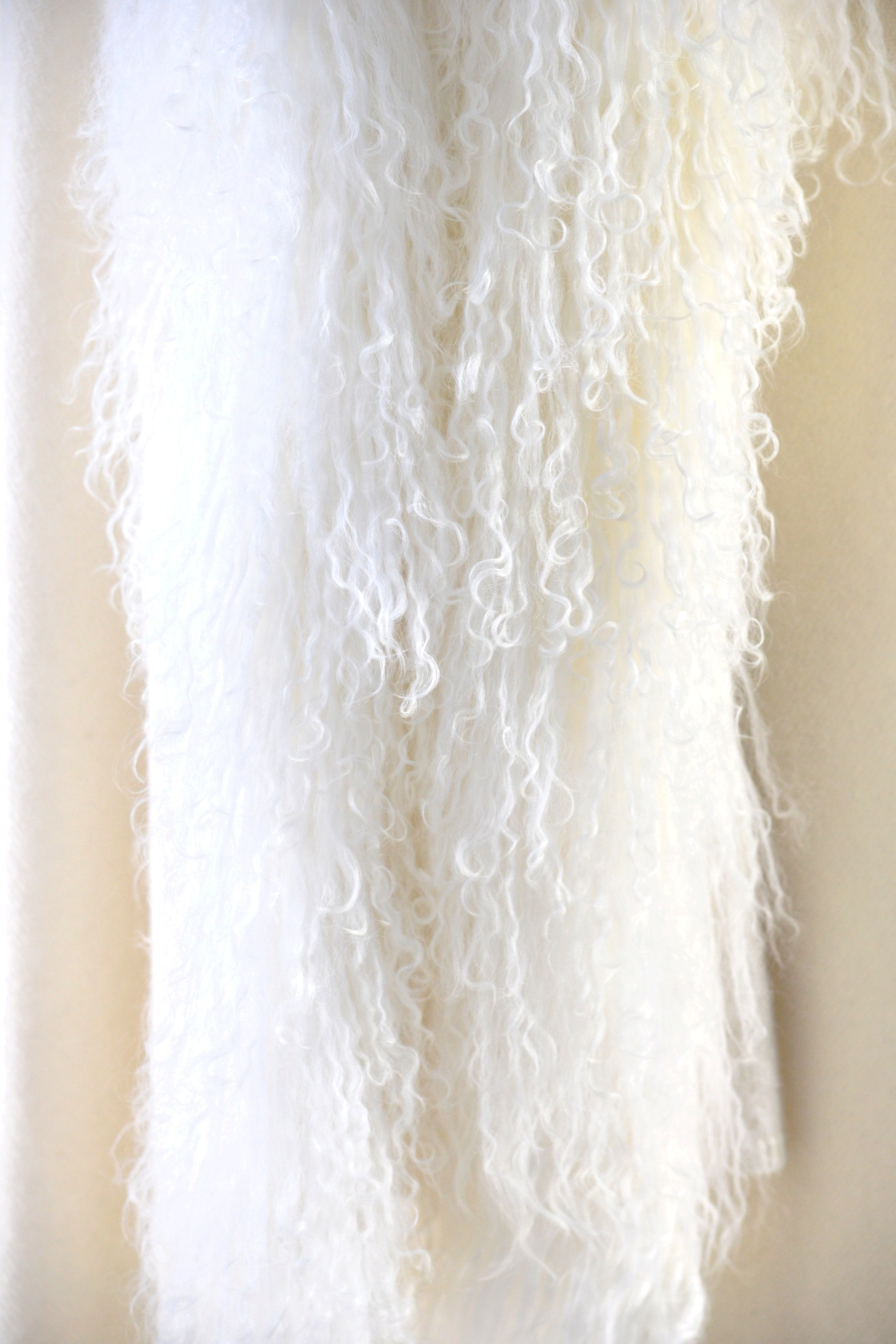 Cashmere Shawl with Curly Tibetan Sheep Fur in Vanilla