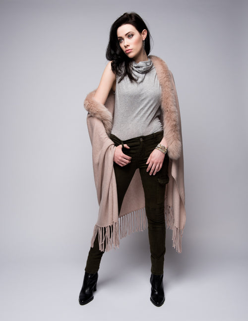Cashmere Shawl with Long Fox Fur in Blush