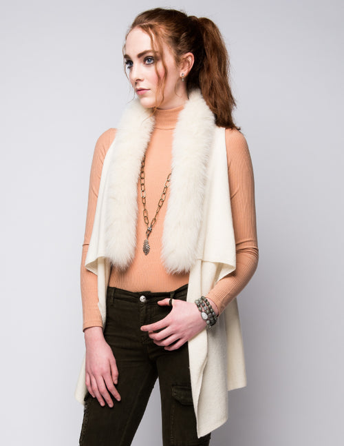 Cashmere Gilet/Vest with Fox Fur in Vanilla