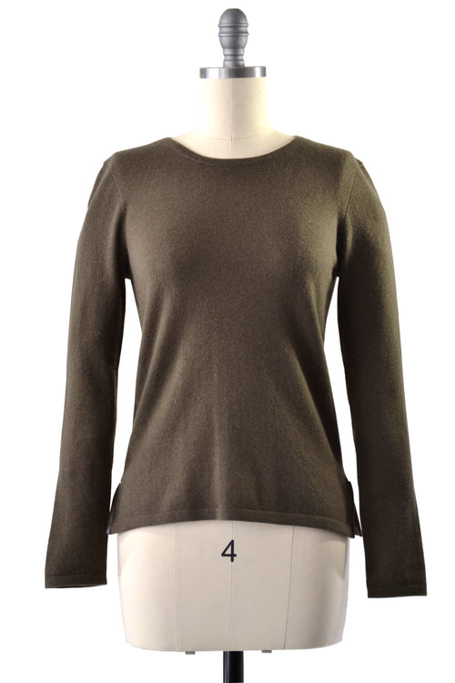 Cashmere Sweater with Leather Piping in Hunter Green
