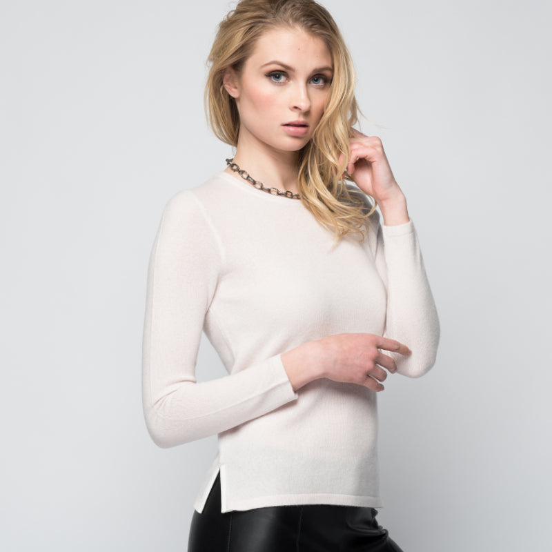 Cashmere Sweater with Leather Piping in Shell
