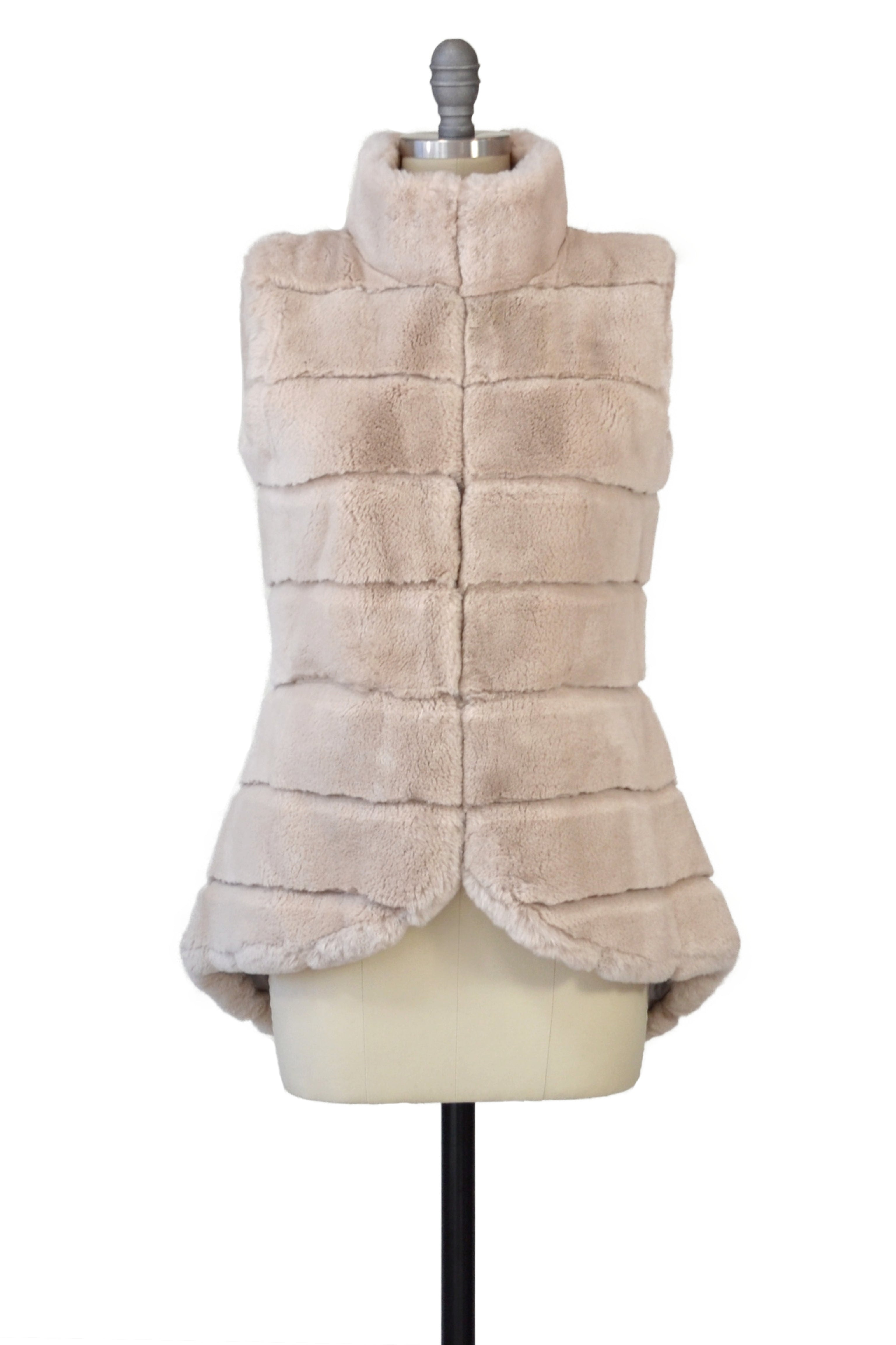 Rex Rabbit Vest in Oatmeal