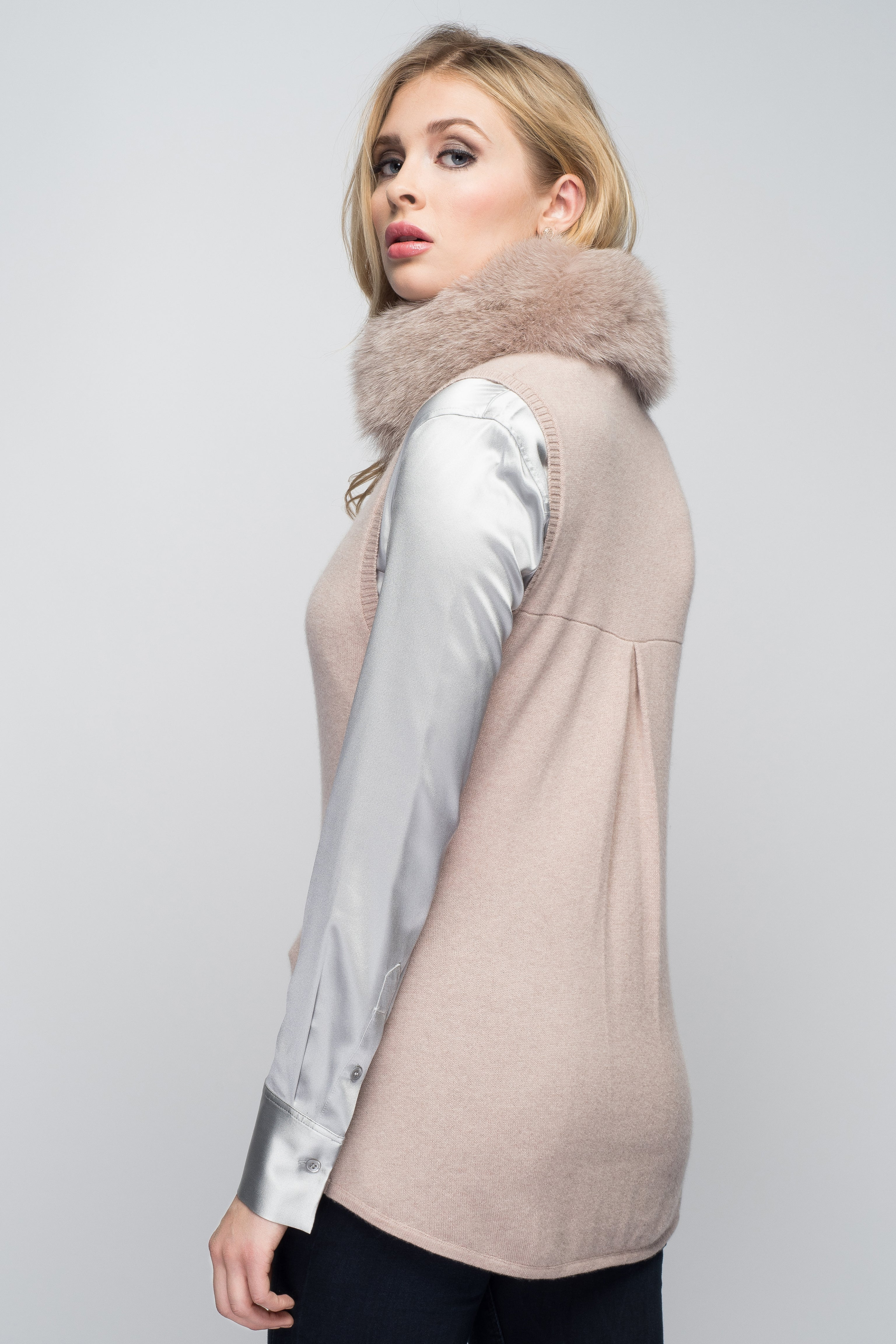 Cashmere Vest with Fox Fur Collar in Blush