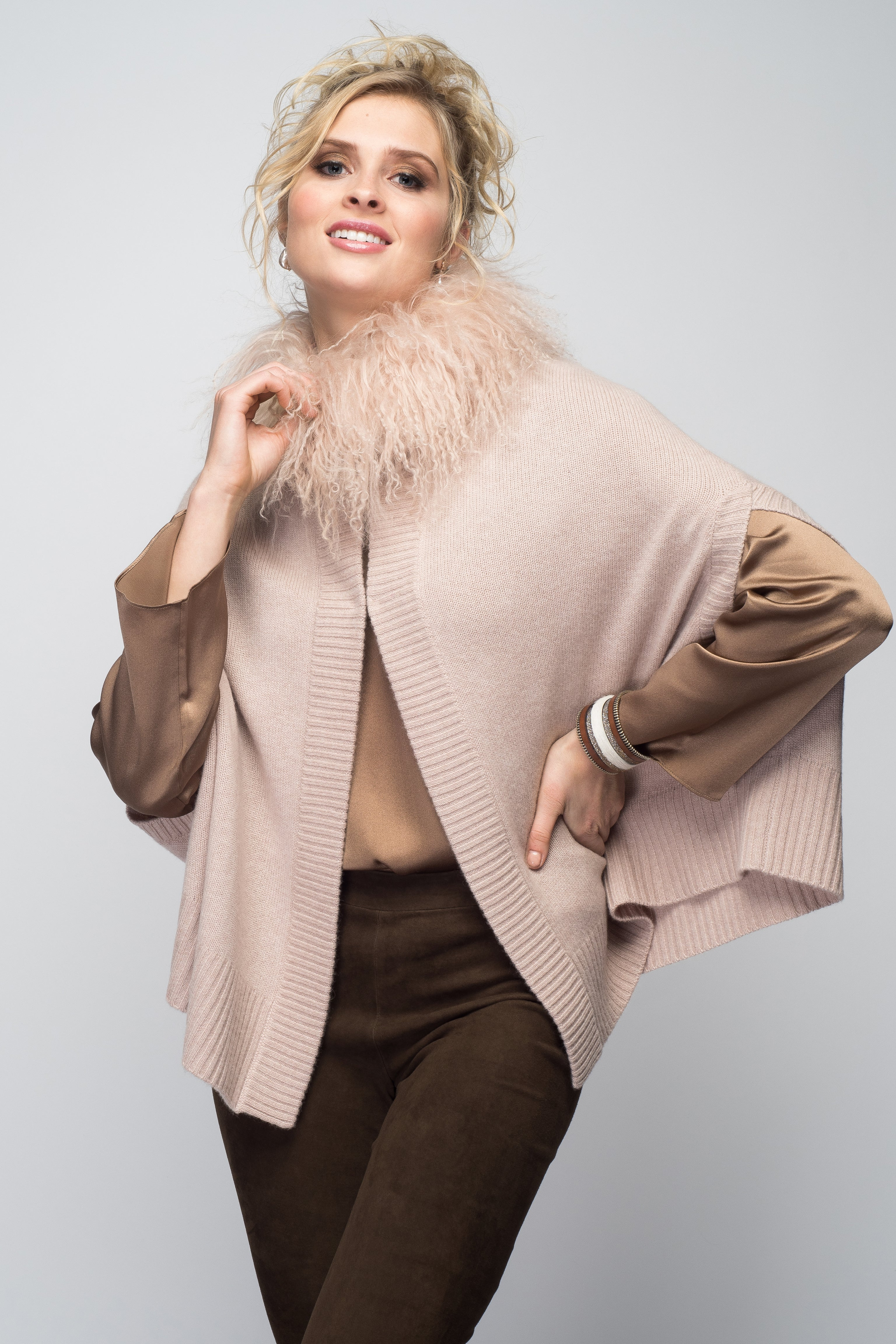 Cashmere Cape Cardigan with Tibetan Sheep Collar in Blush