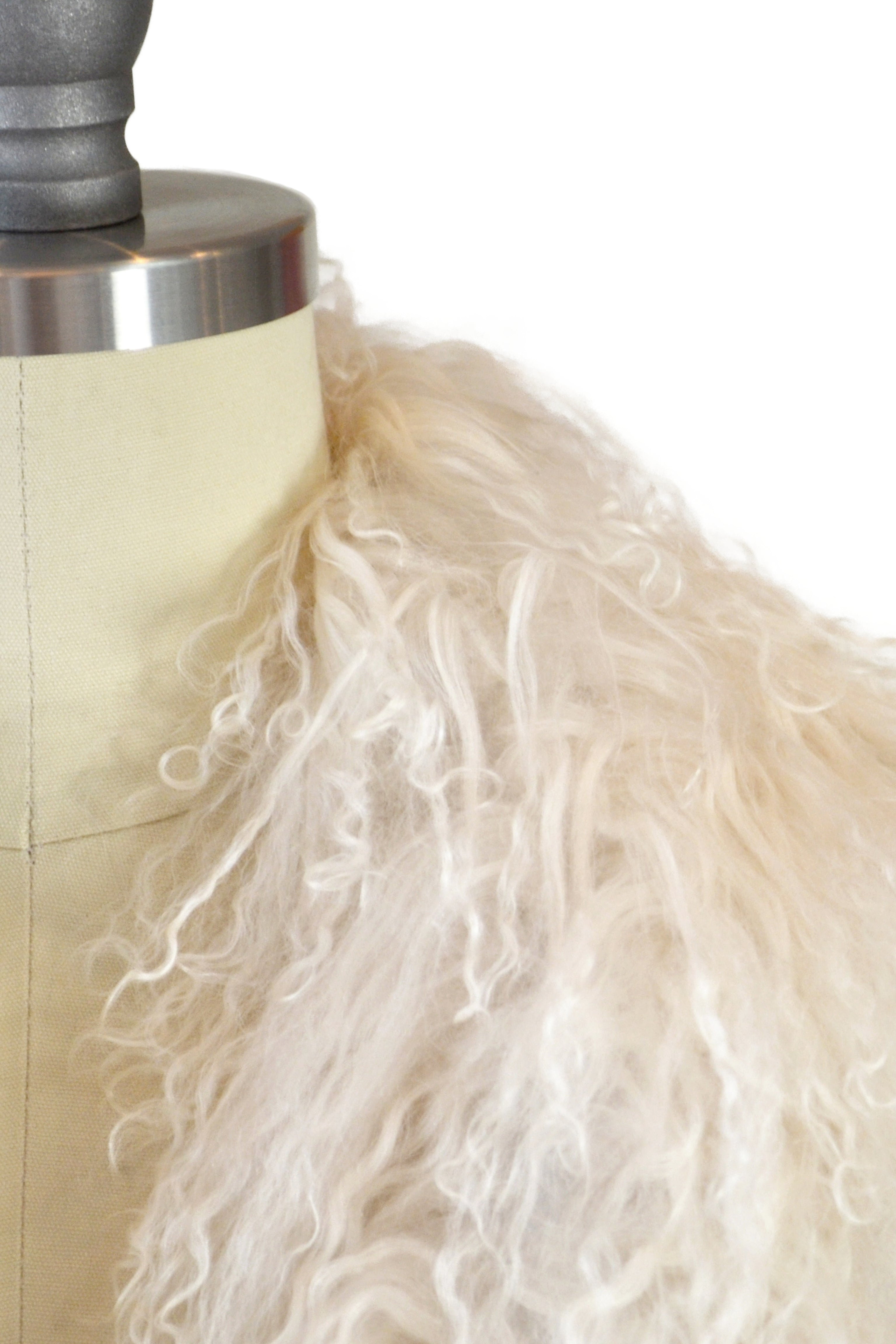 Cashmere Stole with Front Tibetan Sheep Fur in Ivory