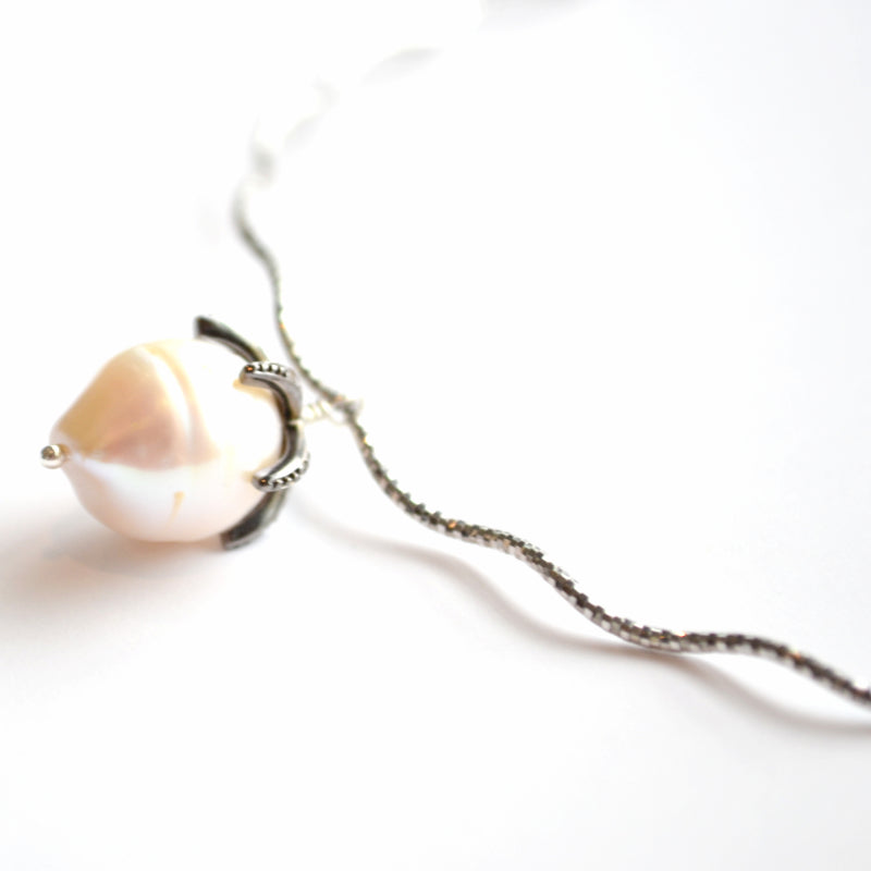 Sterling Silver Choker with a White Baroque Pearl