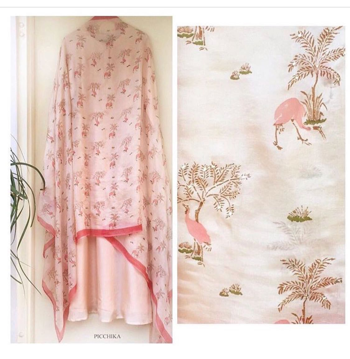Flamingo's in PEACH