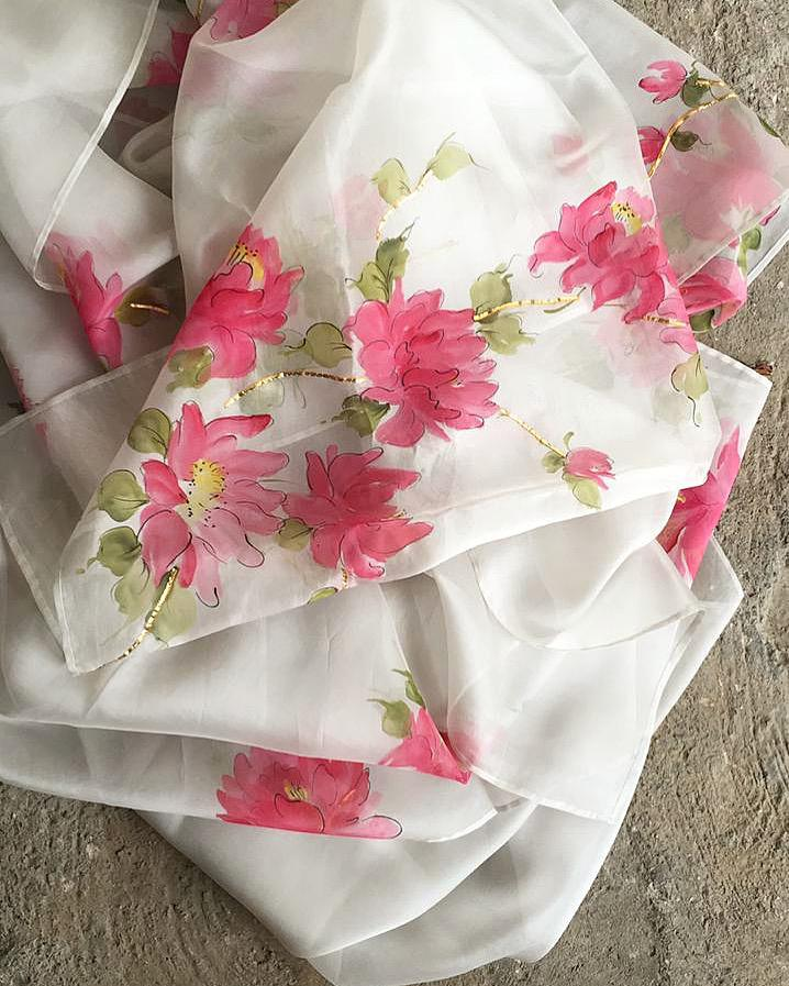 Peonies on Cream saree