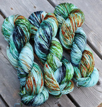 Laurel Nylon Fingering - Kingfisher Sprinkle Dye