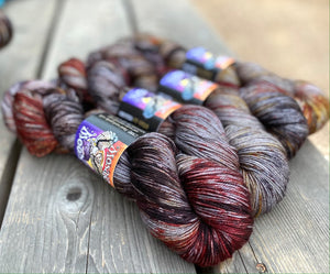 Madrone Fingering - Smaug Sprinkle Dye