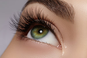Eyelash Growth Tips: Basics for More Beautiful, Longer, Healthier and Stronger Lashes