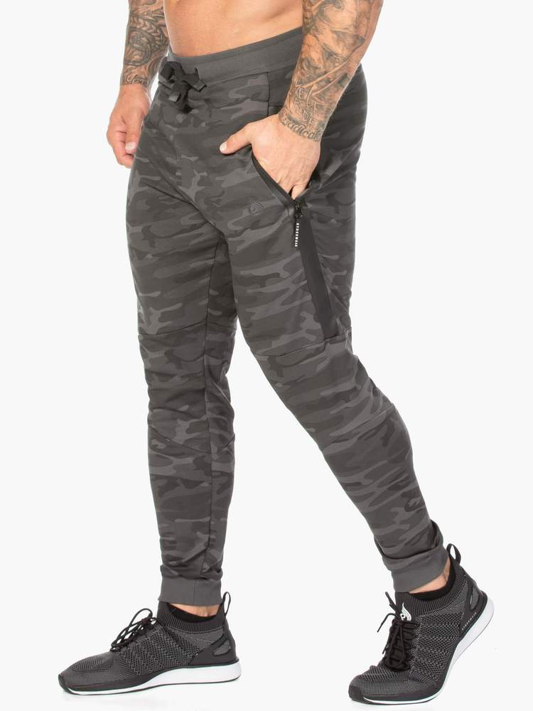 Ryderwear Camo Fleece Trackpants - Black Camo