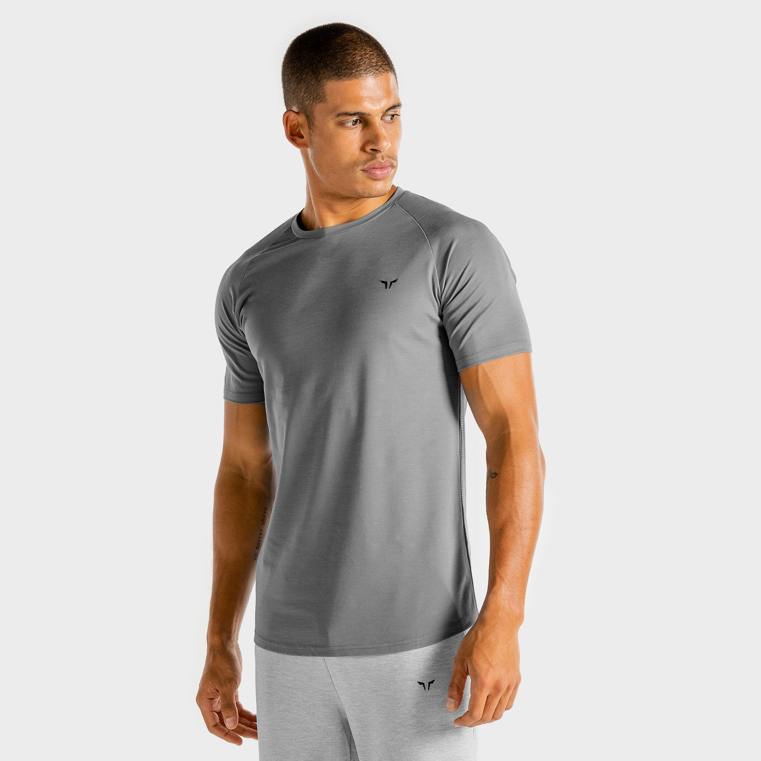 Squat Wolf Core Tee-Grey