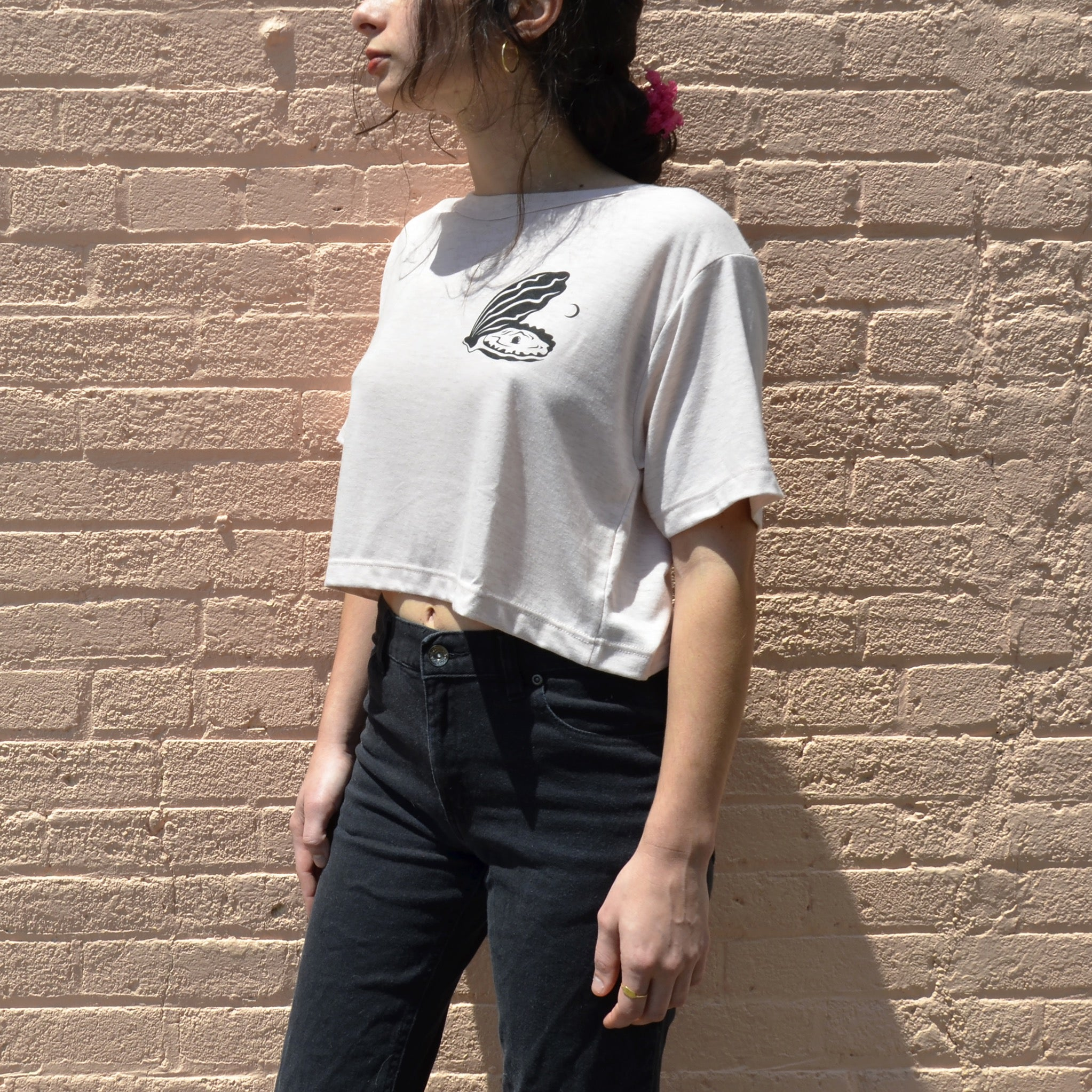 The Pearl Cropped Tee