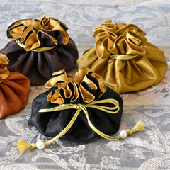Drawstring Jewelry Pouch in Silk Black & Gold