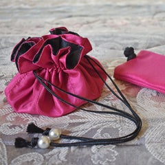 Drawstring Jewelry Pouch in Silk Fuchsia & Black