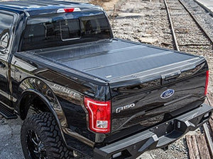 2015-2018 Ford F150 5.5' Bed Gator FX3 Hard Folding Tonneau Bed Cover - F-150 Addicts