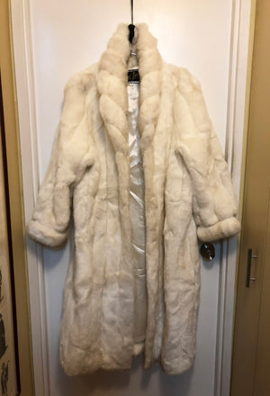 FAUX FUR COAT WORN BY ROSIE O'DONNELL for Halloween TV Special