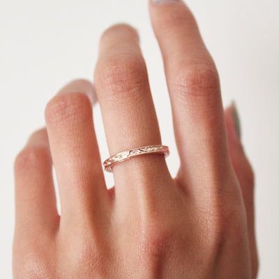 Vintage-inspired Gold Band