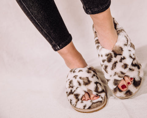 Cozy Days Sandal - Snow Leopard