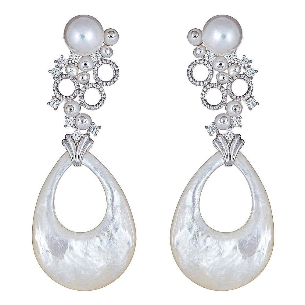 Saanvi Pearl Statement Earrings