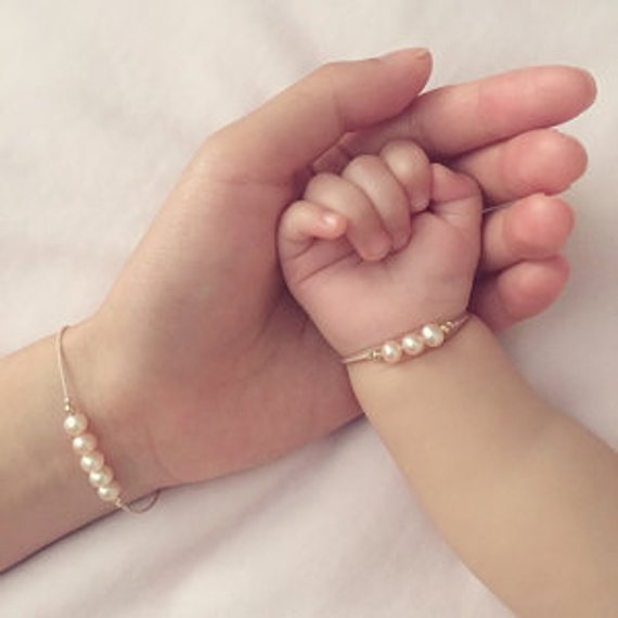 Mother Daughter Pearl Bracelet Set
