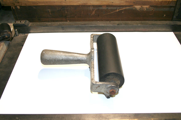 Antique Aluminum Handle Brayer
