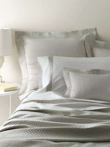 Matouk Pearl Coverlet Collection