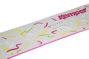 Kemper Snowboards Rampage 1988/1989 Park Freestyle Snowboard Mid Logo Detail Close Up