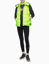 PERFORMANCE QUILTED SLEEVELESS HOODED VEST