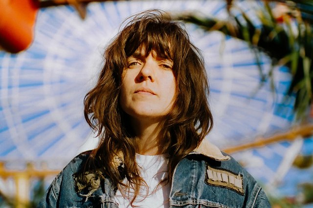 Watch Courtney Barnett cover Leonard Cohen's 'So Long, Marianne'