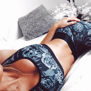 Dark Floral Crop Top & Leggings Set