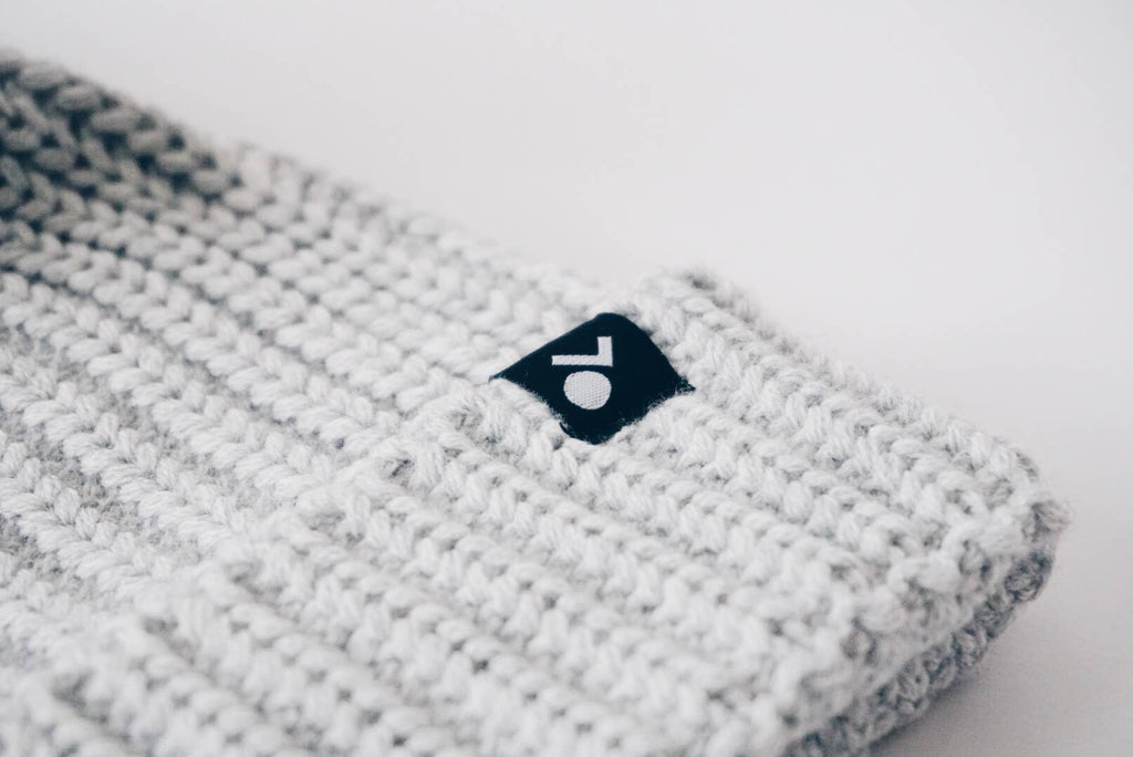 Orcas Lucille - Knit Pom Beanie - Winter Grey
