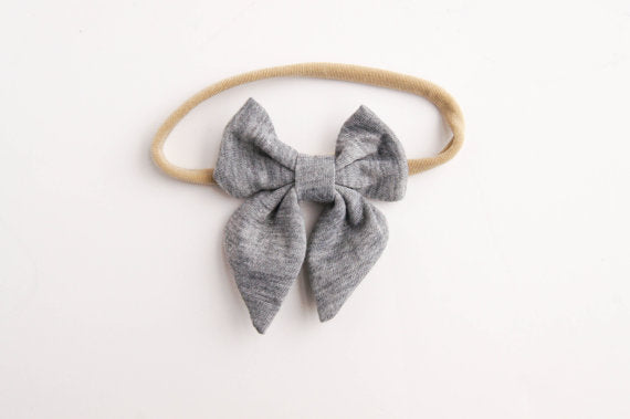 Wild Juniper - Baby Bow Headband - Sailor Bow - Gray